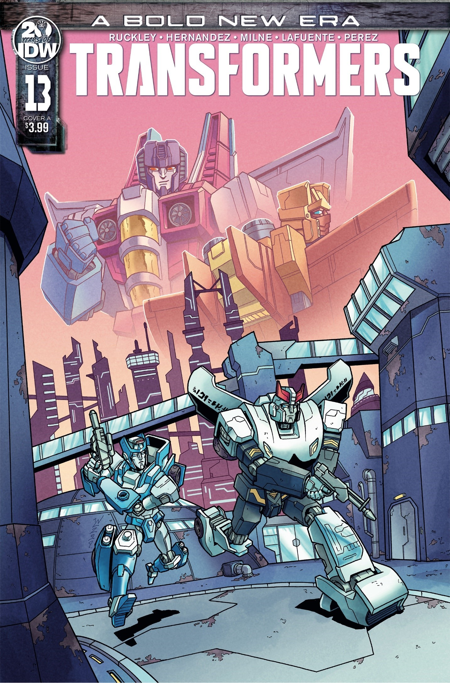 Transformers News: iTunes Three Page Preview for IDW's Transformers Issue 13