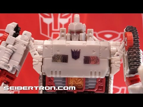 SDCC 2016 Hasbro's Transformers Titans Return Product Displays