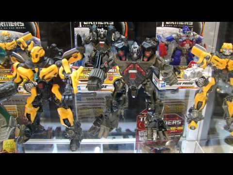 BotCon 2011 Transformers Dark of the Moon - Activators, Robo Fighters and more! DOTM