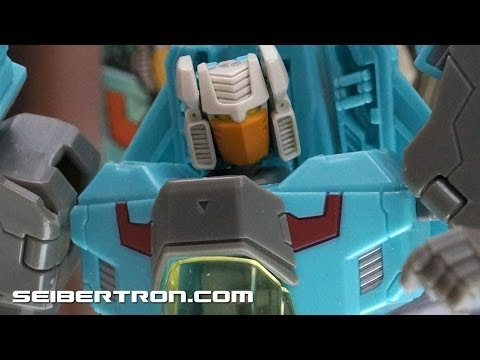 Botcon 2014 Display: Transformers Generations and Masterpiece Products - Hasbro Display
