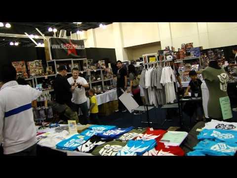 Transformers BotCon 2011 Dealer Room Tour (Part 1)