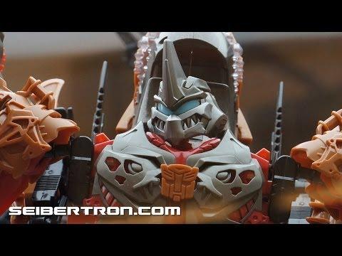 Botcon 2014 Display: Transformers Construct-Bots and Stomp \u0026amp; Chomp Grimlock