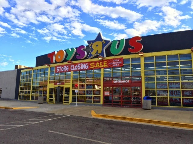 Transformers News: Toysrus Rumoured to Close Between 100 and 200 Stores in the US