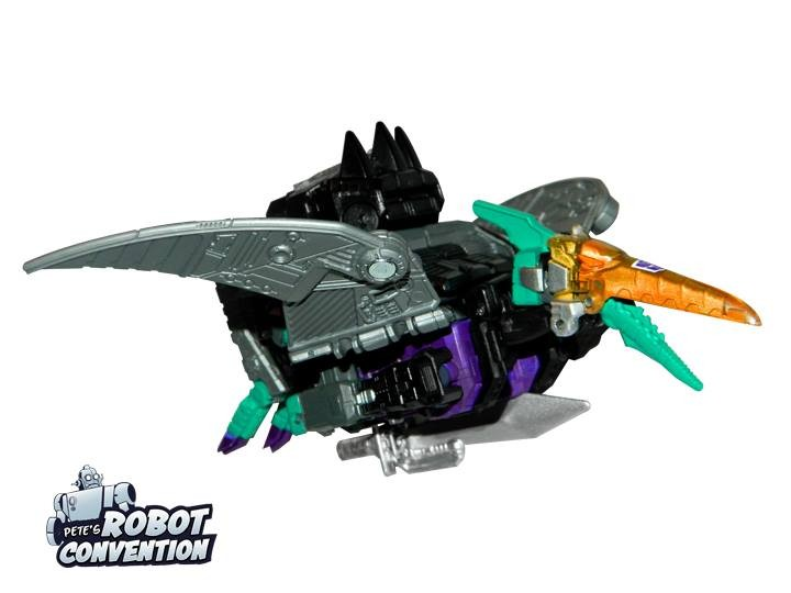 Transformers News: Pete's Robot Convention 2018 - News Roundup, Customization-Class Figure Announcements