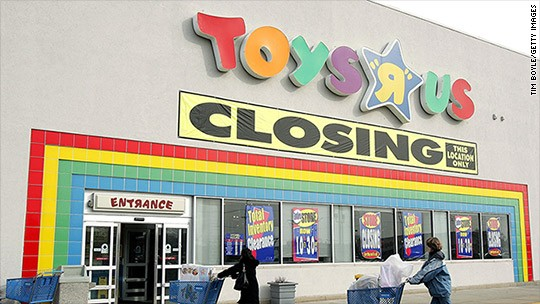 Transformers News: Toys R Us reveals closing dates and liquidating stores
