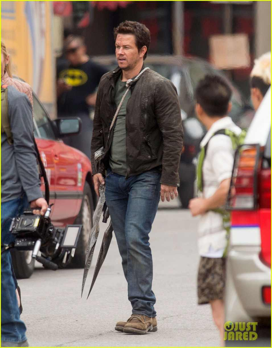 New Weapon Sighted on Transformers 4 Detroit Set