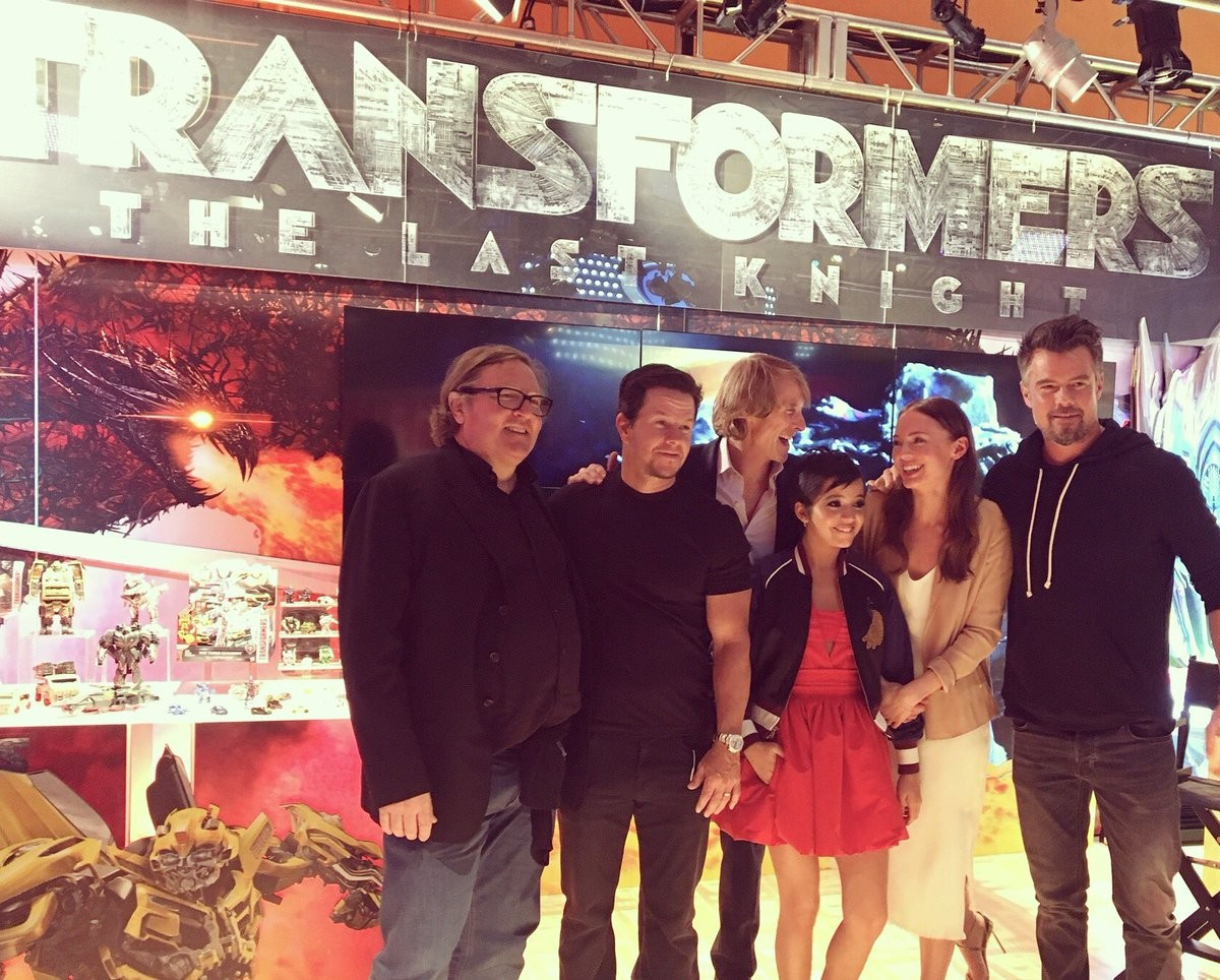 Transformers News: Transformers: The Last Knight Bay, Wahlberg, Moner, Haddock, Duhamel, di Bonaventura at #HasbroToyFa