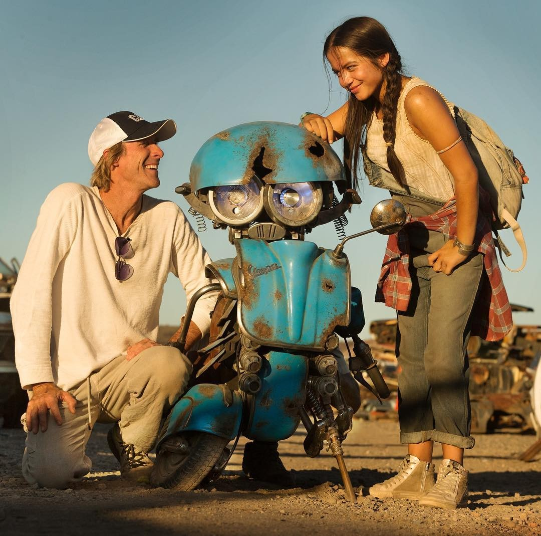 Transformers News: Isabela Moner Talks Casting for Transformers: The Last Knight
