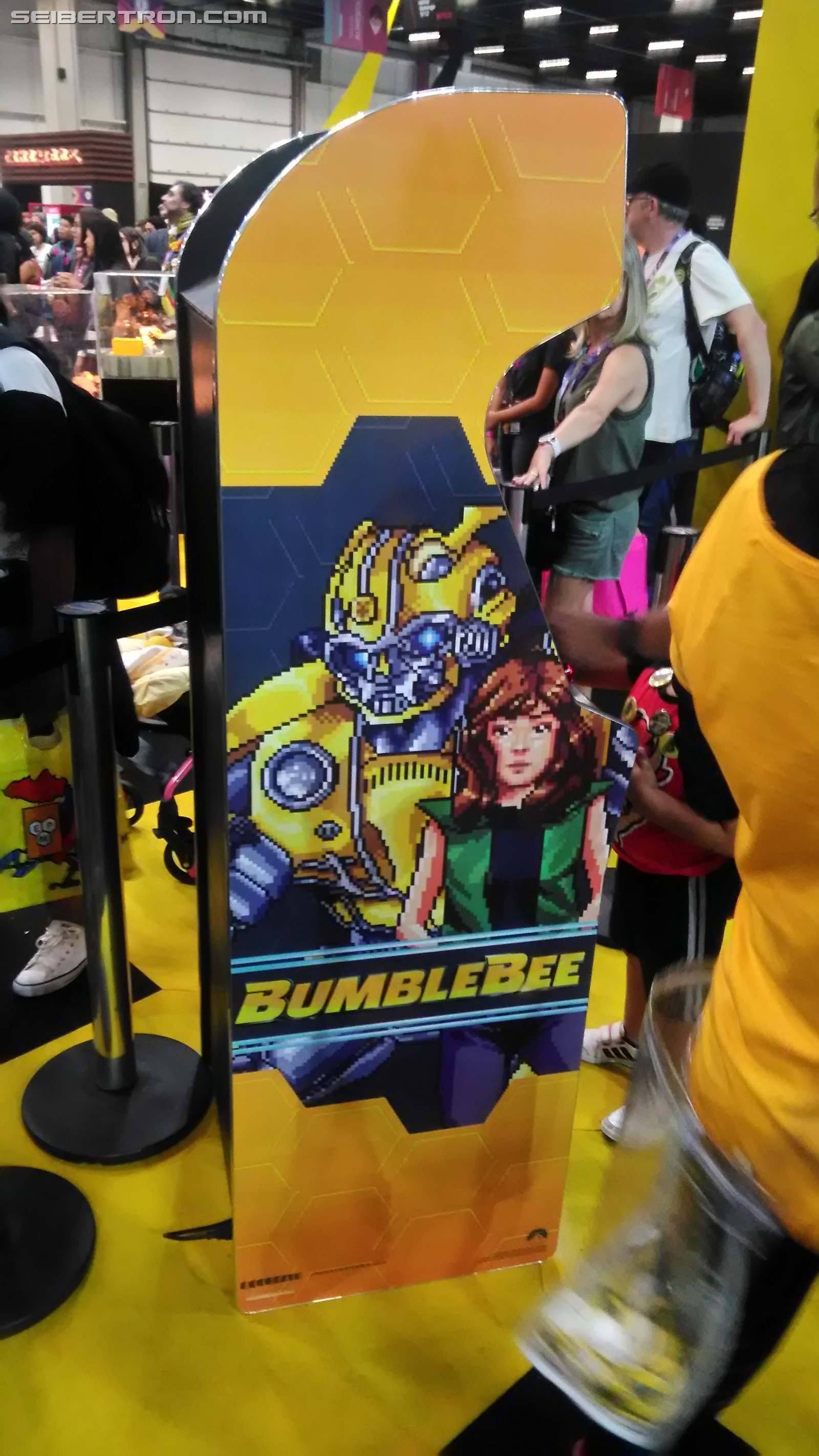 Transformers News: Seibertron Exclusive - Transformers Bumblebee Booth from Brazil's CCXP Comic Con Experience 2018