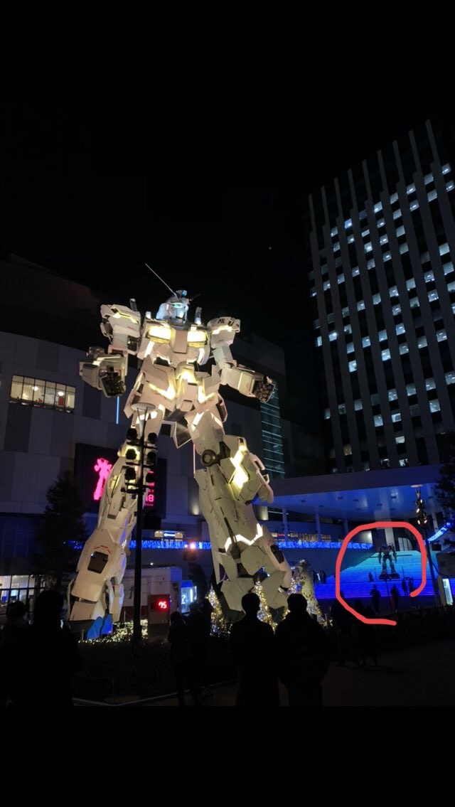 Transformers News: Life-size movie Bumblebee statue stands tall in Odaiba