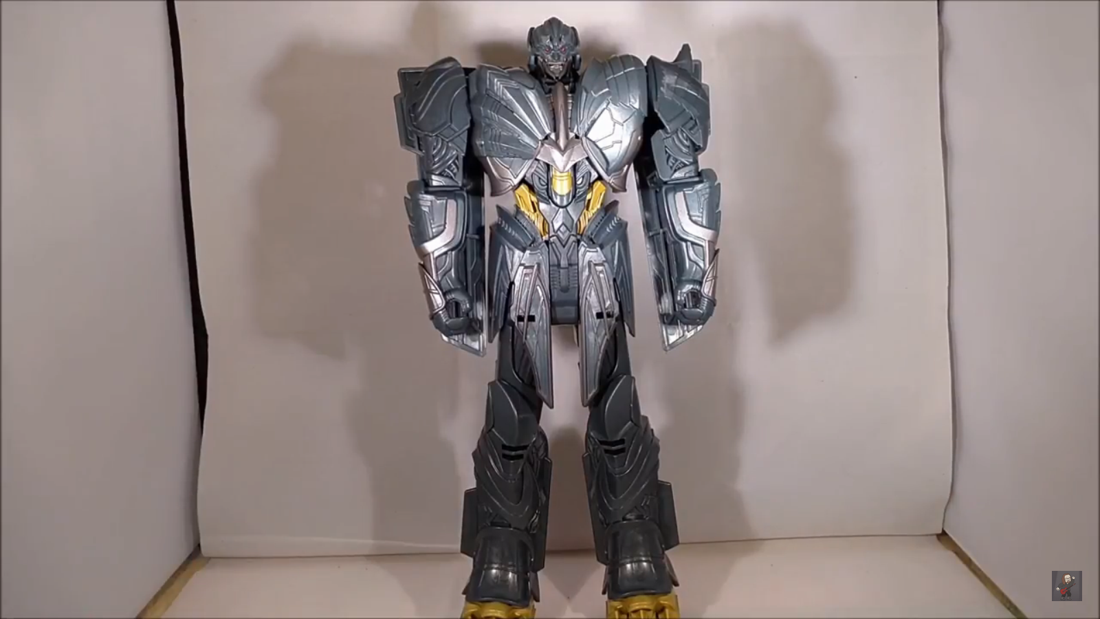 video review for transformers the last knight titan changer megatron