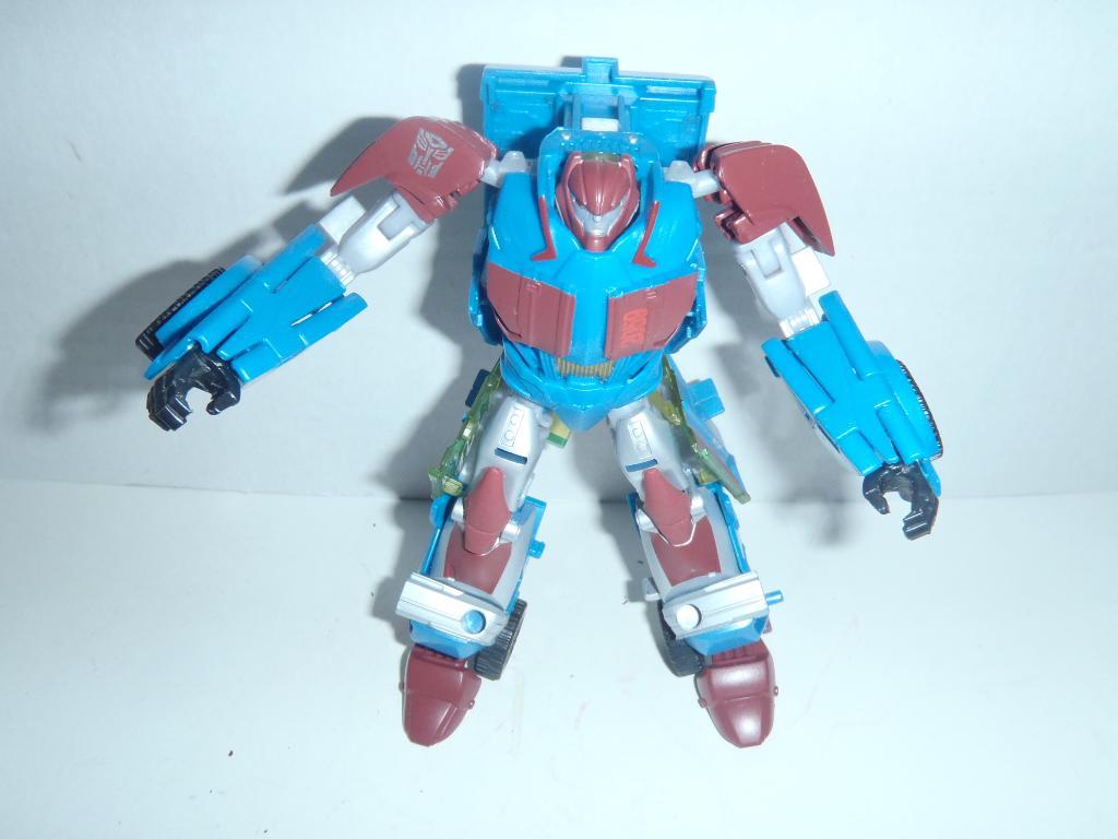 Transformers News: Transformers Prime Unreleased Gears Prototype?