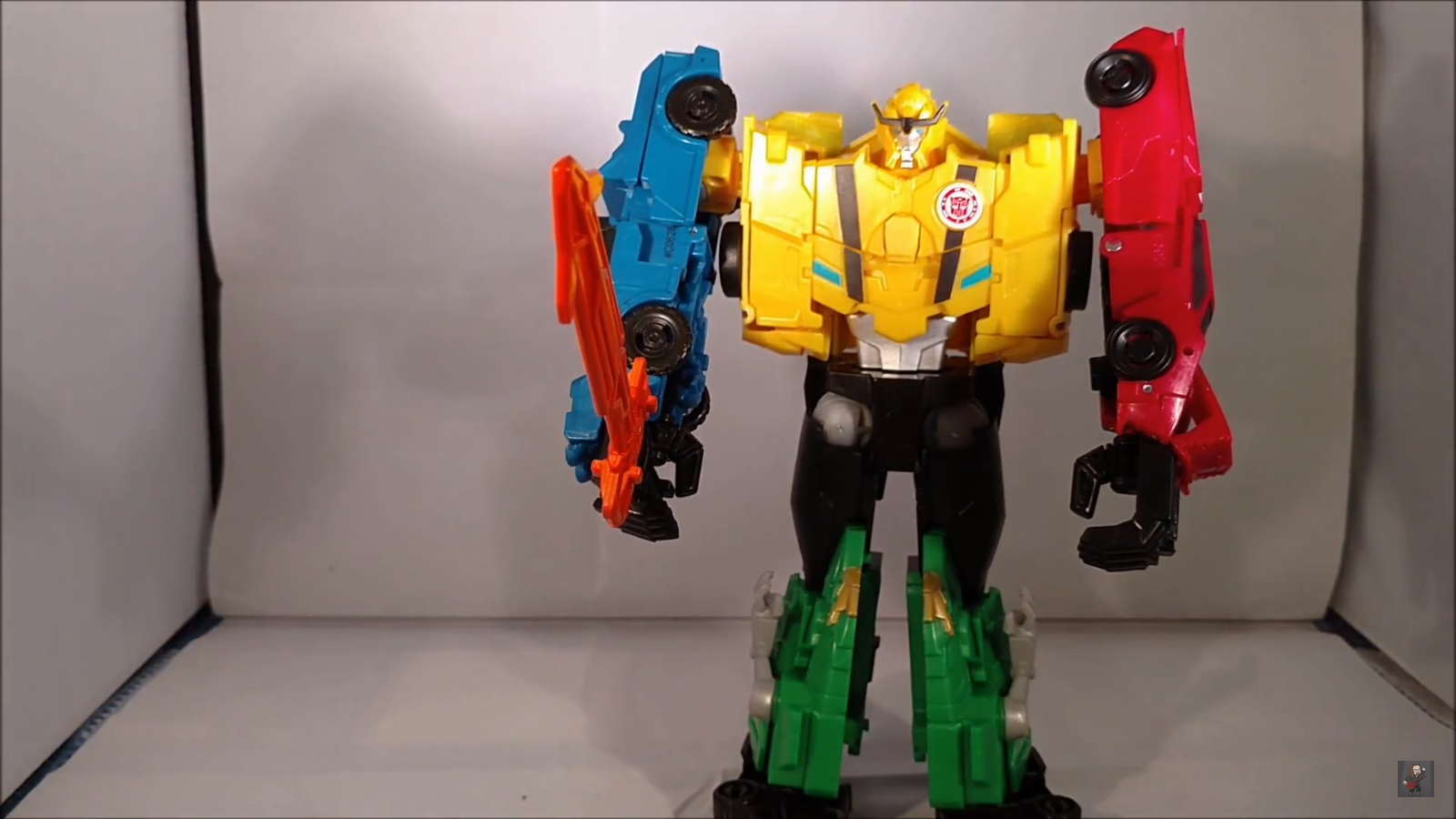 video review of transformers robots in disguise ultra bee