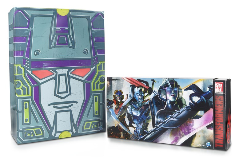 Brand New Transformers SDCC 2015 Combiner Hunters Arcee Windblade Chromia Set