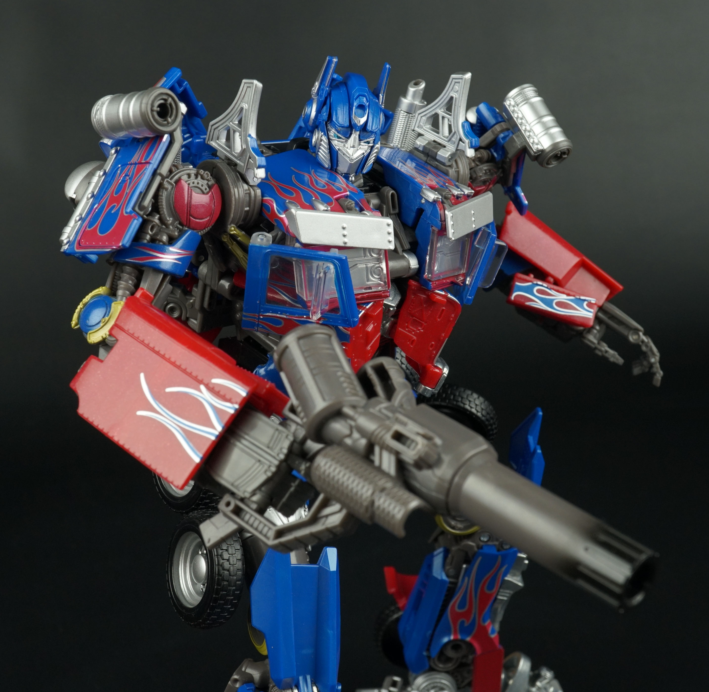 TAKARA TOMY TRANSFORMERS MPM-4 OPTIMUS PRIME MASTER PIECE MOVIE SERIES