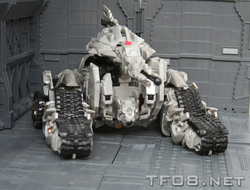 New Images of ROTF Leader-Class Megatron