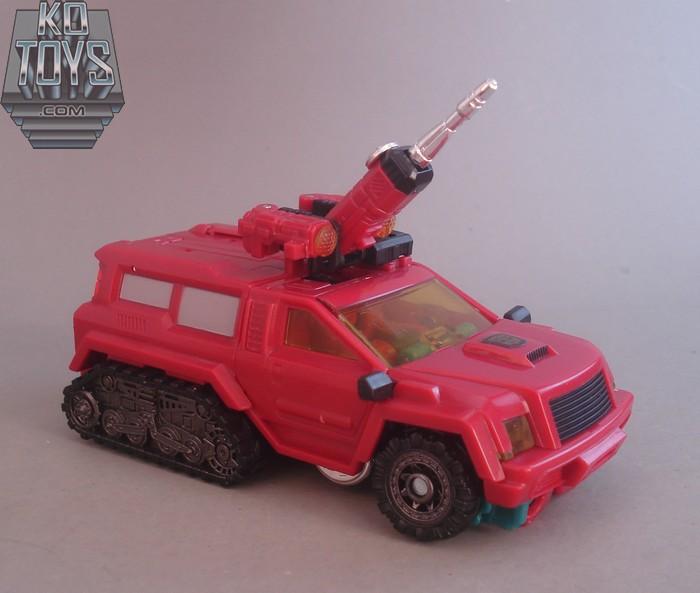 Jouets Transformers Generations: Nouveautés Hasbro - Page 4 1289221135_Perceptor22