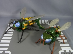 Transformers News: Alfes2010 Pictorials Of TG-30 Waspinator, TG-31 Rhinox