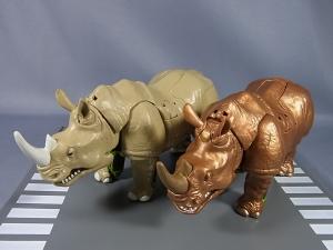 Transformers News: Alfes2010 Pictorials Of TG-30 Waspinator, TG-31 Rhinox