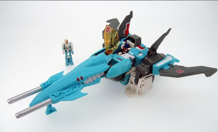 Transformers News: TFYuki Unveils Legends (Generations) Tankor, With Comparison!