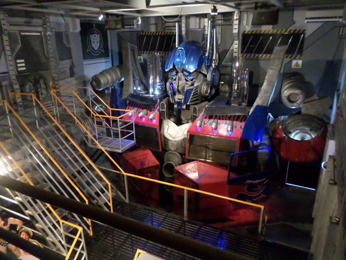 Transformers News: Life Size Movie Optimus Bust On Display At Yexel's Toy Museum