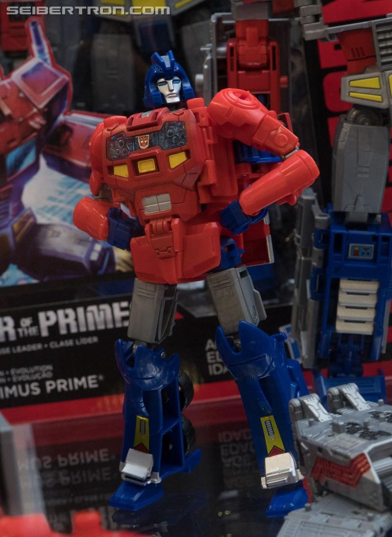 Transformers News: Updated #HASCON 2017 Galleries for Power of the Primes