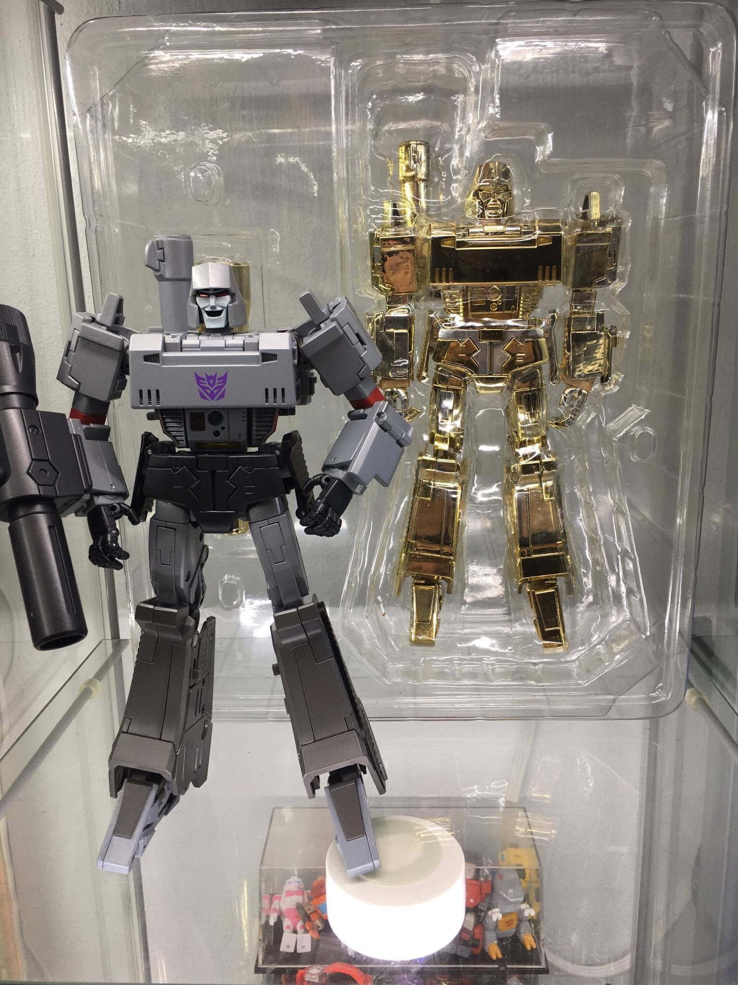 Transformers News: In hand pictures of Takara Tomy MP-36 Megatron