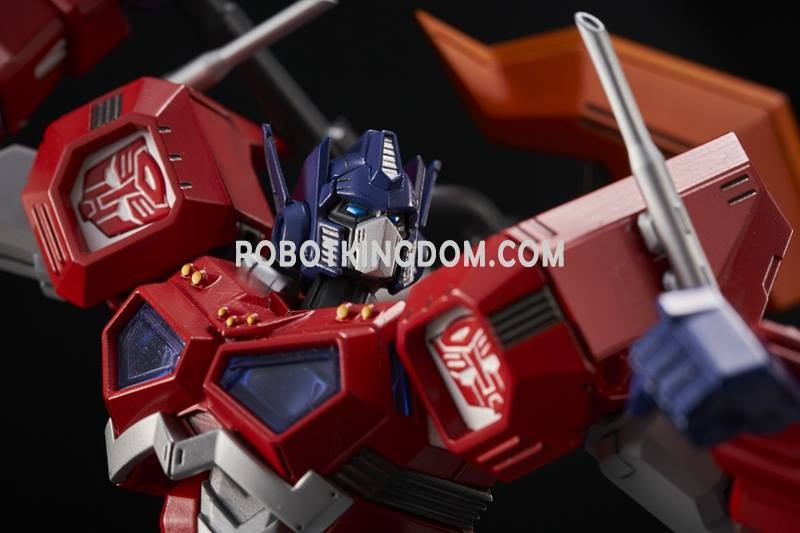 Transformers News: New Pictures of Flame Toys Optimus Prime Model Kit