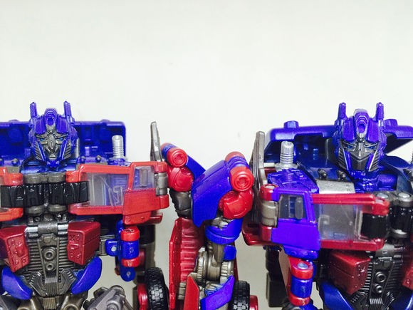 Transformers News: Transformers Studio Series Optimus Prime Unmasked Variant Images