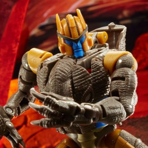 Kingdom Dinobot, Airazor and Ultra Magnus officially revealed