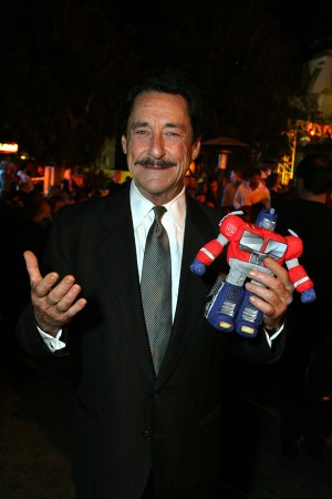 Transformers News: Peter Cullen at SacAnime 2015 - Video Introduction, Panels and Interview