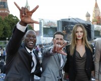 Transformers News: Transformers Dark of the Moon Moscow Premiere: photos of the event and of the Linkin Park concert