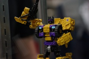 Transformers News: Gallery of Hasbro Product Display with Sky Lynx, Bruticus, Shockwave, Leader Skywarp, Chop Shop and more!