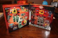 SDCC 2010 Exclusive Autobot Blaster Found at Retail in Canada