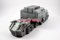 Transformers News: Prototype Images of Supreme Tactical Commander-Grand Patriot (Rolling Thunder Optimus Prime)