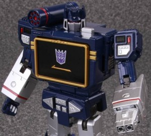 MP-13 Soundwave with Laserbeak being Reissued