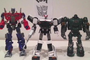 Video Review - Hasbro Transformers Masterpiece MP-04 Prowl