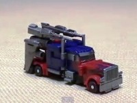 Transformers News: Video Reviews of Limited Edition Preview Pack Cyberverse Optimus Prime