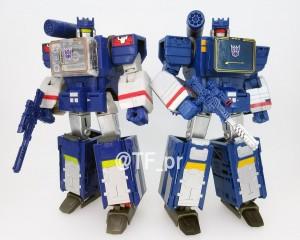 Comparison Image of Takara Tomy Transformers Legends LG36 Soundwave