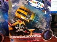 Toys'R'Us Mission Earth Scan Series Bumblebee and Ratchet Sighted at Retail