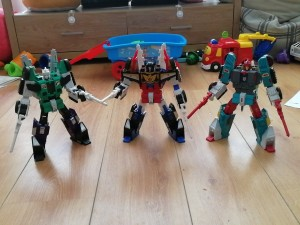 Pictorial Review & Comparisons of Takara Tomy Transformers Legends LG-EX Greatshot