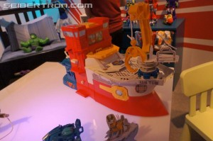 Toy Fair US 2015 Coverage - Rescue Bots High Tide with Rescue Rig Playset Demonstration Video