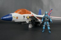 Transformers News: New SDCC gallery: Starscream Skystriker with Cobra Commander
