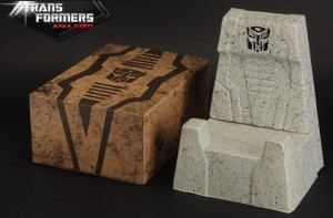 Transformers News: Official Image of Masterpiece MP-08X Grimlock Throne