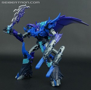 Optibotimus Reviews:  Transformers Predacons Rising CRYOFIRE PREDAKING