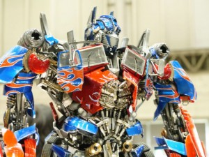 Transformers News: Prime 1 Studios MMTFM-02 Images  - Dark of the Moon Optimus Prime