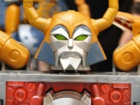Transformers News: BotCon 2011 Coverage - Retail Exclusives Update