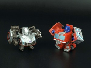 New Galleries: Q-Transformers QT-19 Optimus Prime and QT-20 Megatron