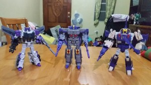 Transformers News: In-Hand Images of Transformers Titans Return Octone, Blitzwing, Titan Master Ramhorn