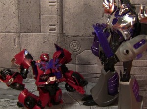 Transformers News: PRIME reviews Terrorcon Cliffjumper (SDCC '12 Exclusive)